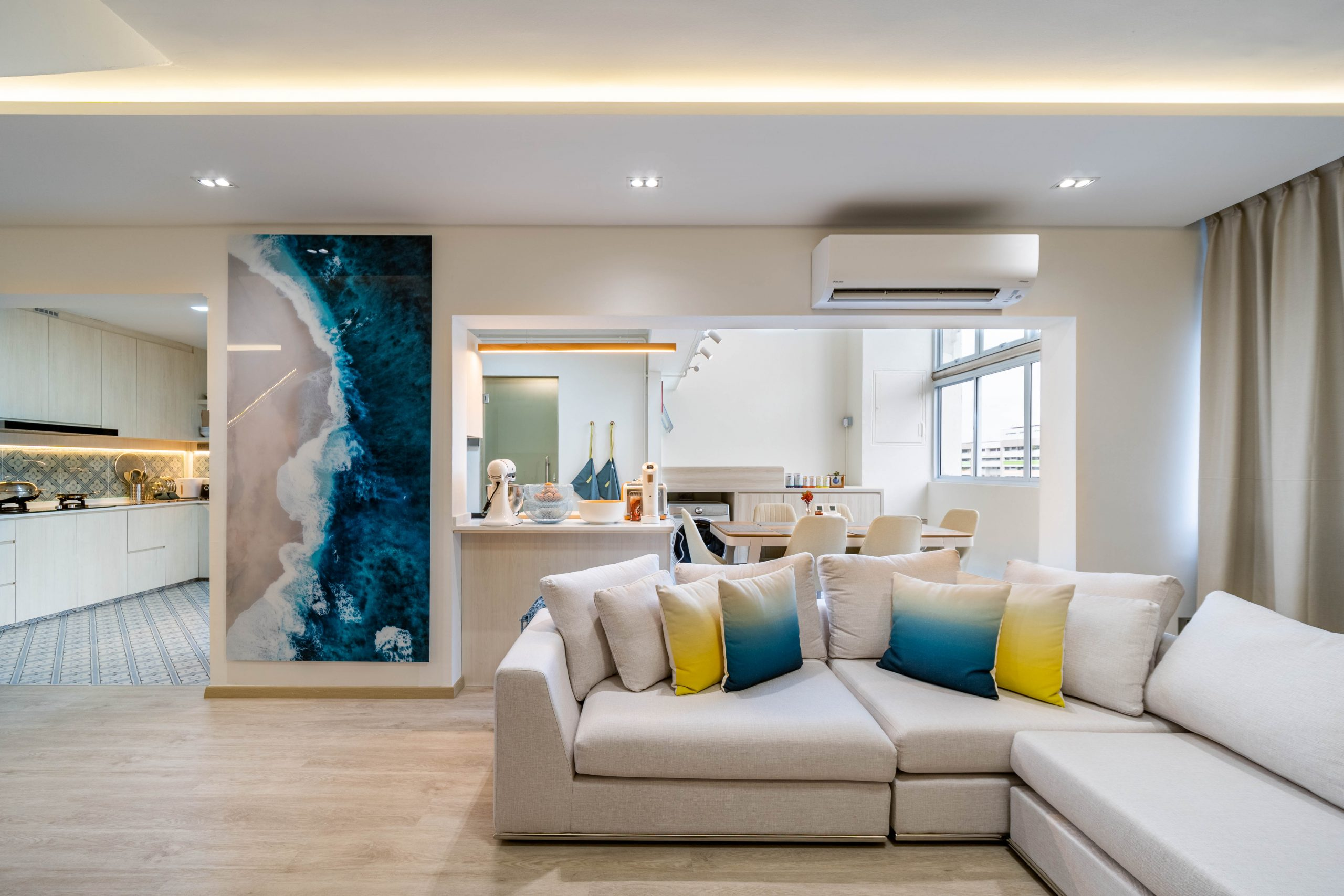 Yishun Ring HDB Executive Maisonette: Designed by Lucas Ong